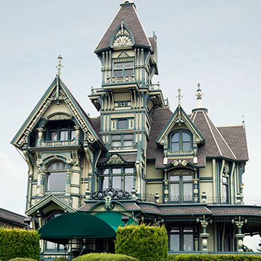 Carson mansion Super-8 Fortuna, California